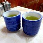 愛養 - 〆には熱いお茶!