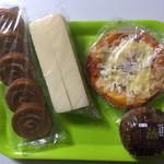 リョーユーパン ハーフプライスベーカリー - 料理写真:これだけ買って294円 税込