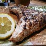 栄寿司小吉 - ヒラス カマ塩焼き