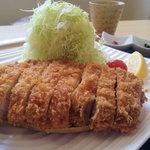 とんかつ 金豚 - 信州ポークの特選ロースカツ定食