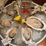 オイスター&ワイン ペスカデリア - 生牡蠣7種食べ比べ