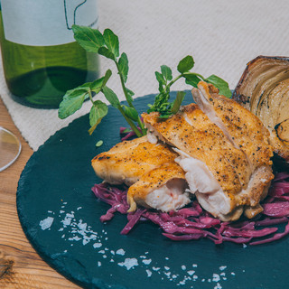 【炭焼き】四季折々の旬の野菜や産地ごとの豚肉などを楽しむ♪