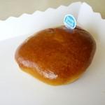 レストラン あべにゅー - 料理写真:クリームパン112円