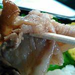 パワーラークス - 豚肉リフト