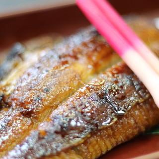 寿司屋ならではの極上炭火うなぎに感動