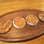 コクウ珈琲 - 焼き菓子盛り合わせ250円