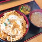 田畑屋 - かつ丼(814円)