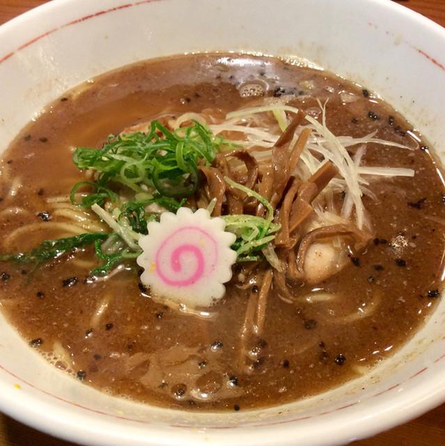 """麺家 麺一献 - 名代「濃鰹らーめん」(780円)。""""こいかつお""""と読む。"""
