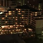 ホテル ラ・スイート神戸ハーバーランド - 神戸ポートタワーから見たホテル