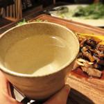 ノムカ+cafe - お酒のメニューに焼酎もあります。 一応、芋・麦・米・蕎麦とありました。