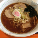 裏磐梯スキー場 牛乳屋食堂 - 料理写真:醤油ラーメン