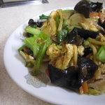 龍華園 - 肉卵キクラゲ炒め