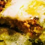 ステーキガーデン - ホワイトガーリックバターハンバーグ(アップ)
