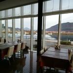 SAVOR - 海を眺めながら朝食