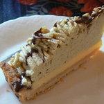無名亭 - 料理写真:ランチセットの日替わり自家製ケーキ