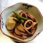 和風ダイニングまんま - 3/1掲載    イカと里芋のうま煮¥630