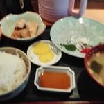 市場食堂 よし - 料理写真:ふぐ刺定食