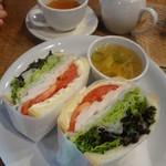 10 グッド コーヒー&サンドイッチ