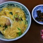 63279985 - 親子丼(500円)