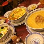 中国料理 小花 - 坦々麺、スーラータン麺、海鮮あんかけごはん