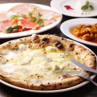 ナポリの味を忠実に再現するために欠かせない生地