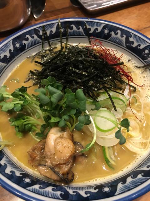 佐市 - 牡蠣拉麺