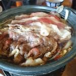 鮎鴨亭 - 近江牛のすき焼き小鍋です♪