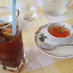イタリア料理 テンダロッサ - デザートとドリンク