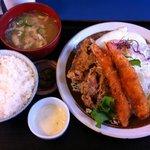 定食や - 鶏から海老フライ定食Sサイズ 820円
