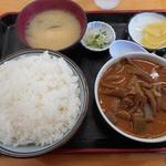 永井食堂 - もつ煮定食590円