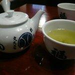 福田屋 - ドリンク写真:お茶