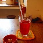 カフェ トモチート -