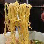 伝説のすた丼屋 - ミニ醤油ラーメン麺アップ