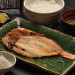 ◆かさご干物定食…1,400円