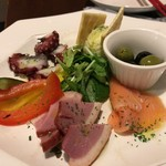 ワイン酒場COLTS - 前菜盛り合わせ