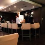 cafe&bar IVan - カウンター席