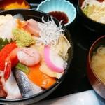 63322619 - 海鮮丼