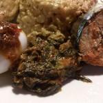 メラプティ カフェ - ・NASHI PADANG 玉子にサンバル、野菜炒め、魚の煮物