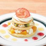 カフェ&パンケーキ gram - フルーツたっぷり春の訪れ
