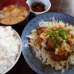 魚繁 - 料理写真:揚げ鶏おろしポン酢定食(2011/01/07撮影)