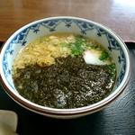 たぬき - 料理写真:萩のアカモクうどん[¥680]
