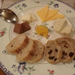 グラングラシェ - チーズの盛り合わせ
