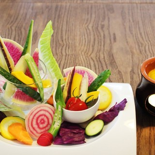 八百屋さんと契約農家さんの新鮮野菜