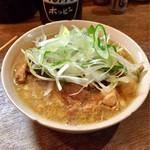 もつ焼き 幸太 - 料理写真:煮込みハーフ