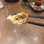 青菜 - 餃子 断面