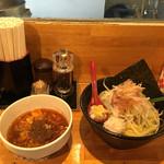 つけ麺 しろぼし - 醤油炊き 辛味しろぼし つけ麺('17/03/02)
