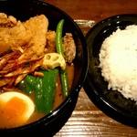 CHUTTA! - 豚竜田スープカレー(4辛)¥1080