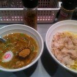 つけめん 勝 - つけ麺(普盛)+肉トッピング