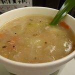 チャウダーズ セレクトスープ! - 冬季限定のコラーゲンたっぷり豚そぼろと生姜のスープ