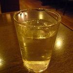 ロンドンティールーム - ☆お水グラスはシンプル系☆